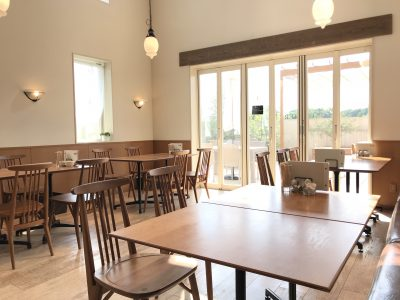 【伊奈】ひだまりカフェChouchou|ハーブとアロマも楽しめる開放的なおしゃれカフェ